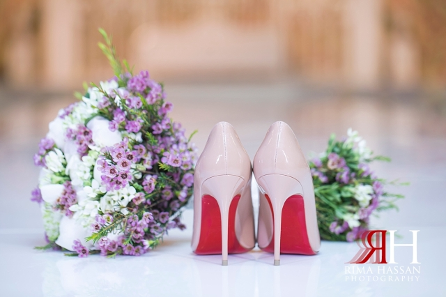 Saint_Regis_Saadiyat_Abu-Dhabi_Wedding_Female_Dubai_Photographer_Rima_Hassan_bride_shoes_bouquet