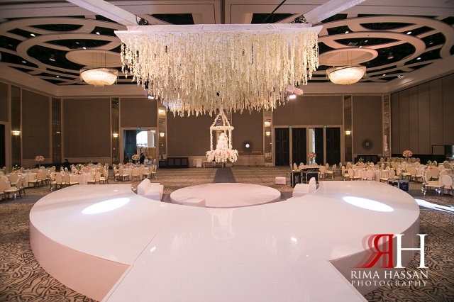 Saint_Regis_Saadiyat_Abu-Dhabi_Wedding_Female_Dubai_Photographer_Rima_Hassan_stage_decoration_klassna_kosha