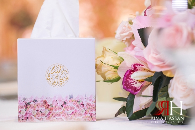 Saint_Regis_Saadiyat_Abu-Dhabi_Wedding_Female_Dubai_Photographer_Rima_Hassan_stage_decoration_kosha_tissue_box