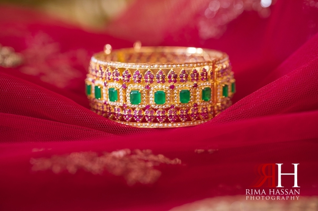 Indian_Henna_Female_Photographer_Dubai_Rima_Hassan_bride_bracelet