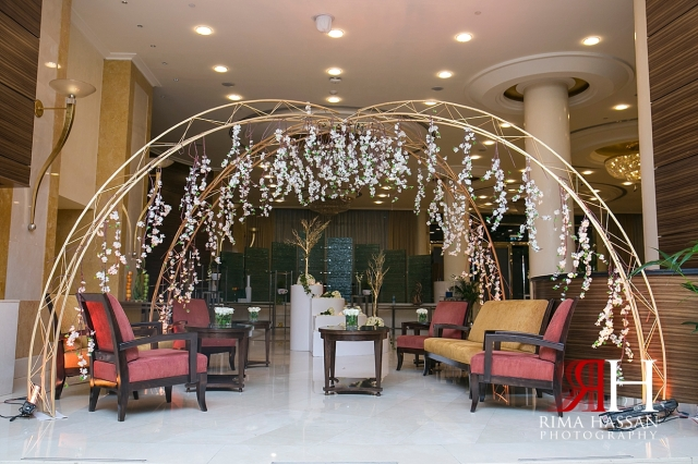 Murooj_Rotana_Wedding_Female_Dubai_Photographer_Rima_Hassan_kosha_stage_decoration_forever