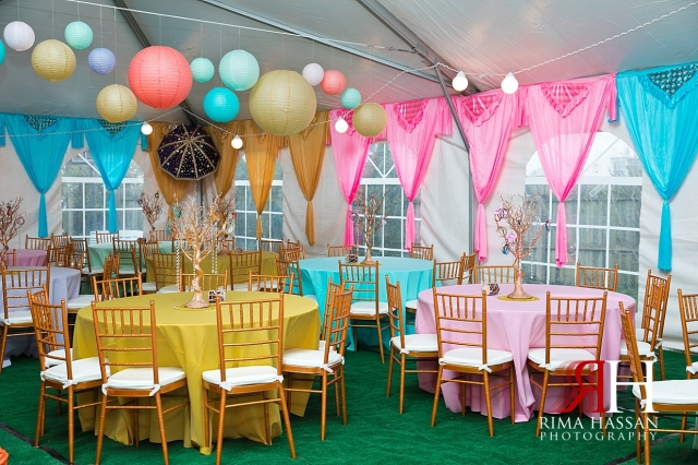New_York_Henna_Wedding_Female_Dubai_Photographer_Rima_Hassan_colorful_stage