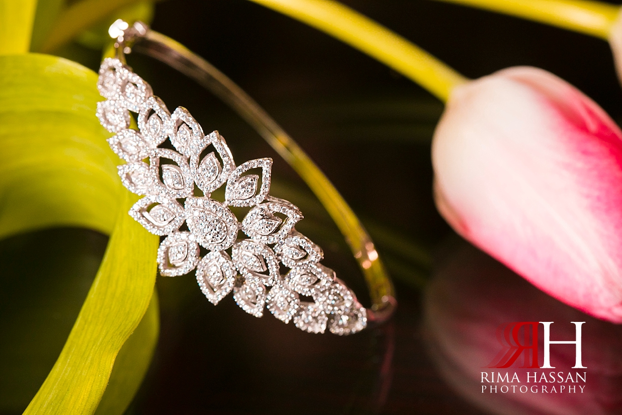Bustan_Rotana_Dubai_Wedding_Female_Photographer_Rima_Hassan_Bride_jewelry_bracelet