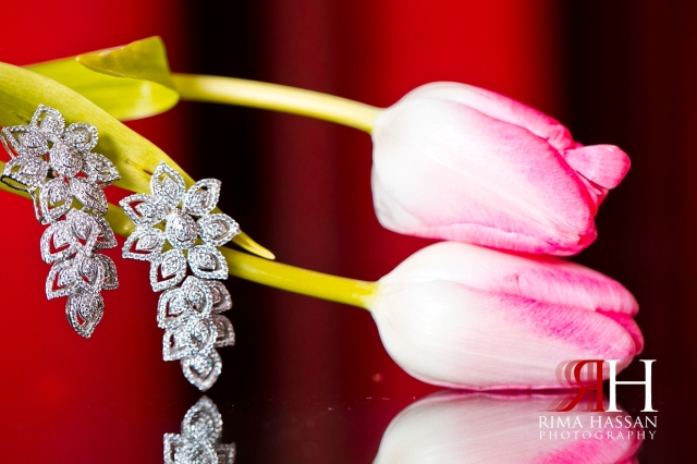 Bustan_Rotana_Dubai_Wedding_Female_Photographer_Rima_Hassan_Bride_jewelry_earrings