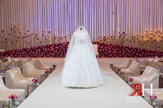 Marriott_Jaddaf_Wedding_Female_Dubai_Photographer_Rima_Hassan_bride_dress_rajaa_fashion