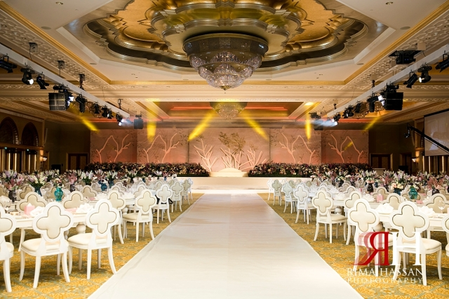 Emirates_Palace_Wedding_Abu_Dhabi_Female_Photographer_Rima_Hassan_kosha_stage_decoration_haifa_afkar_events
