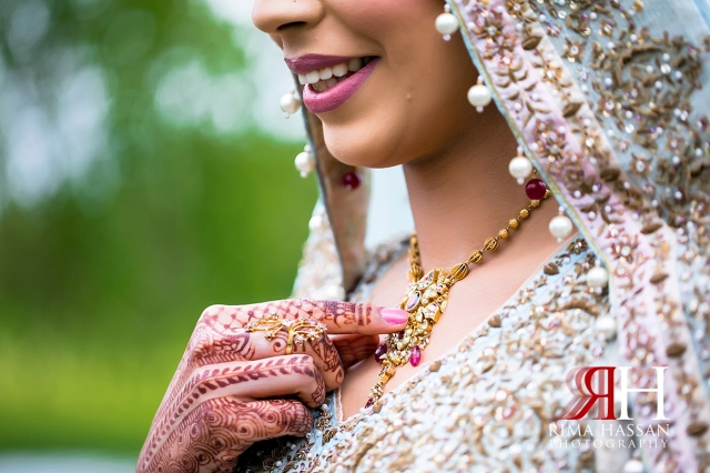 Hamlet_Golf_New_York_Wedding_Female_Dubai_Photographer_Rima_Hassan_bride_cinderella_henna_necklace