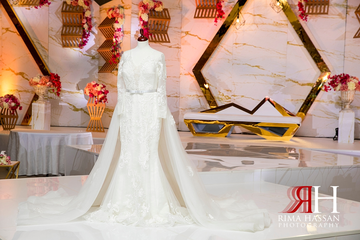 Jawaher_Sharjah_Wedding_Female_Photographer_Rima_Hassan_bride_esposa_dress