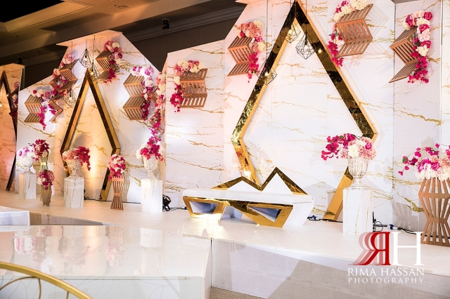 Jawaher_Sharjah_Wedding_Female_Photographer_Rima_Hassan_kosha_stage_decoration_