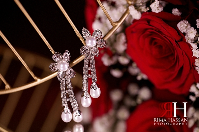 Armani_Burj_Khalifa_Wedding_Female_Photographer_Dubai_Rima_Hassan_bride_jewelry_earrings
