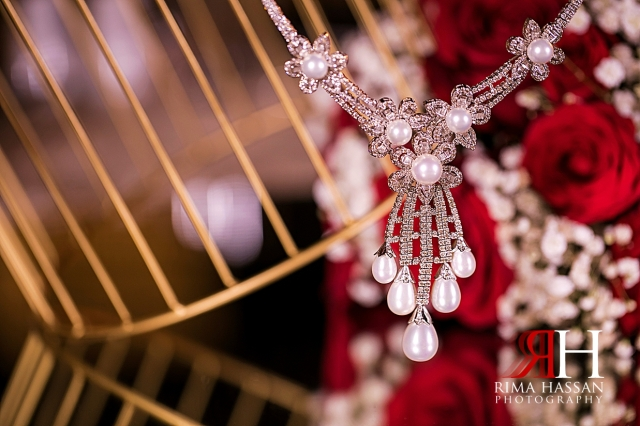 Armani_Burj_Khalifa_Wedding_Female_Photographer_Dubai_Rima_Hassan_bride_jewelry_necklace