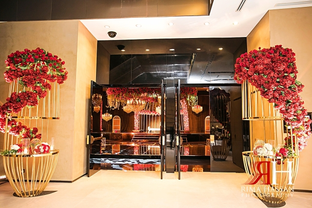 Armani_Burj_Khalifa_Wedding_Female_Photographer_Dubai_Rima_Hassan_stage_kosha_decoration_entrance