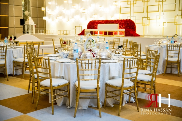 Barsha_Hall_Wedding_Dubai_Female_Photographer_Rima_Hassan_kosha_stage_decoration_table