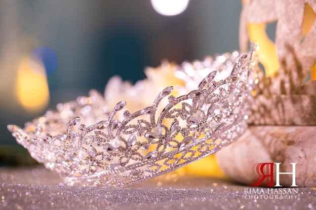 Crown_Plaza_Wedding_Dubai_Female_Photographer_Rima_Hassan_bride_jewelry_crown