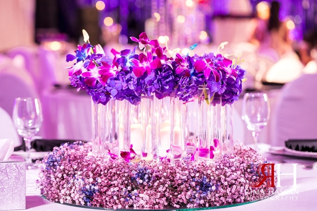 Crown_Plaza_Wedding_Dubai_Female_Photographer_Rima_Hassan_kosha_centerpiece_stage_decoration_ariel