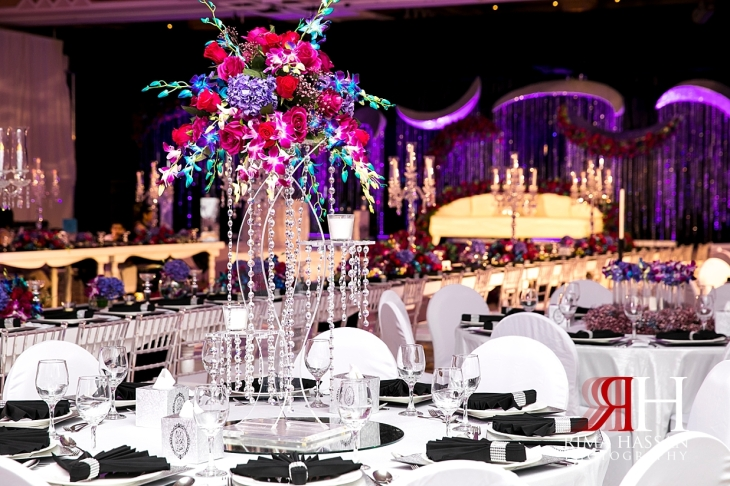 Crown_Plaza_Wedding_Dubai_Female_Photographer_Rima_Hassan_kosha_stage_decoration_ariel_centerpiece