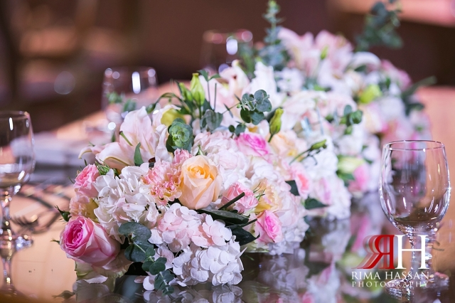 Mina_Salam_Wedding_Dubai_Female_Photographer_Rima_Hassan_stage_kosha_decoration_flower_centepiece