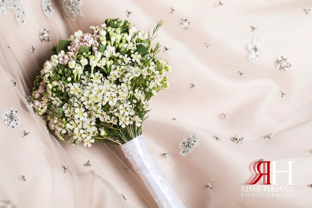 RAK_Engagement_Female_Photographer_Dubai_Rima_Hassan_bride_bouquet_flowers