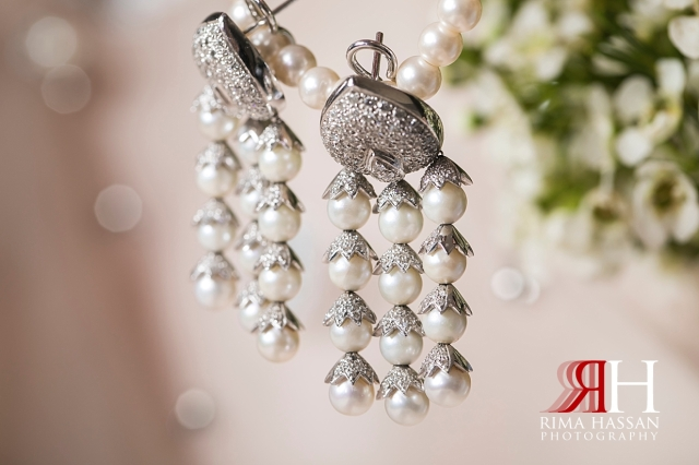 RAK_Engagement_Female_Photographer_Dubai_Rima_Hassan_bride_jewelry_earrings