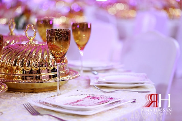 Abu_Dhabi_Wedding_Female_Photographer_Dubai_Rima_Hassan_kosha_stage_decoration_table_setup