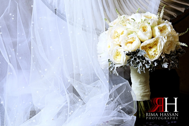 Jawaher_Sharjah_Wedding_Female_Photographer_Dubai_Rima_Hassan_bride_flowers_bouquet