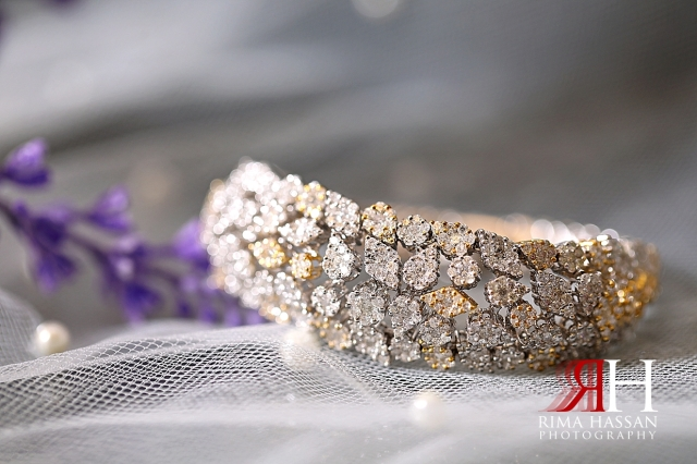 Jawaher_Sharjah_Wedding_Female_Photographer_Dubai_Rima_Hassan_bride_jewelry_bracelet