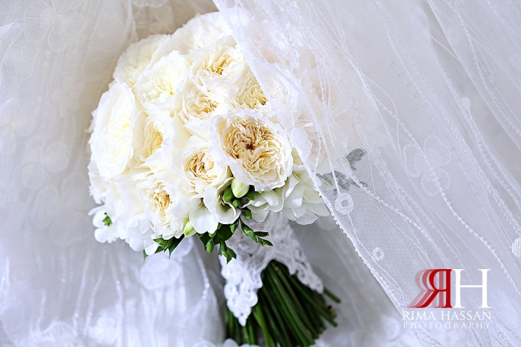 Mushrif_Abu-Dhabi_Wedding_Female_Photographer_Dubai_Rima_Hassan_bride_bouquet