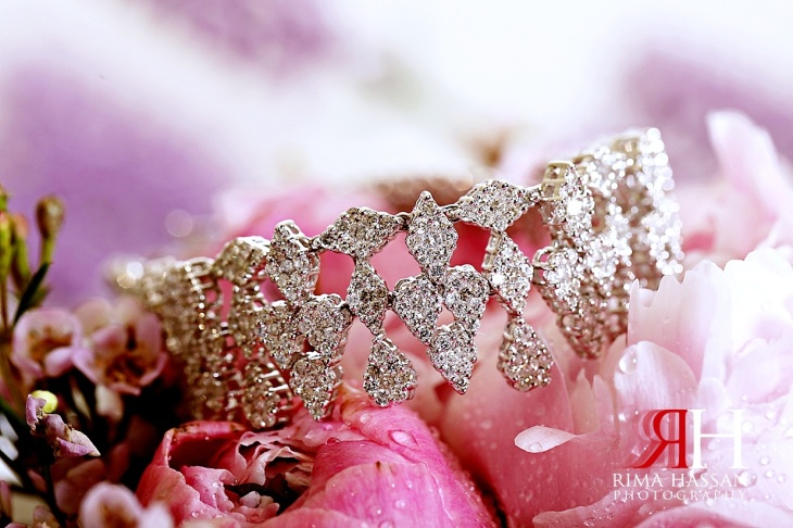 Barsha_Wedding_Female_Photographer_Dubai_Rima_Hassan_bride_jewelry_bracelet