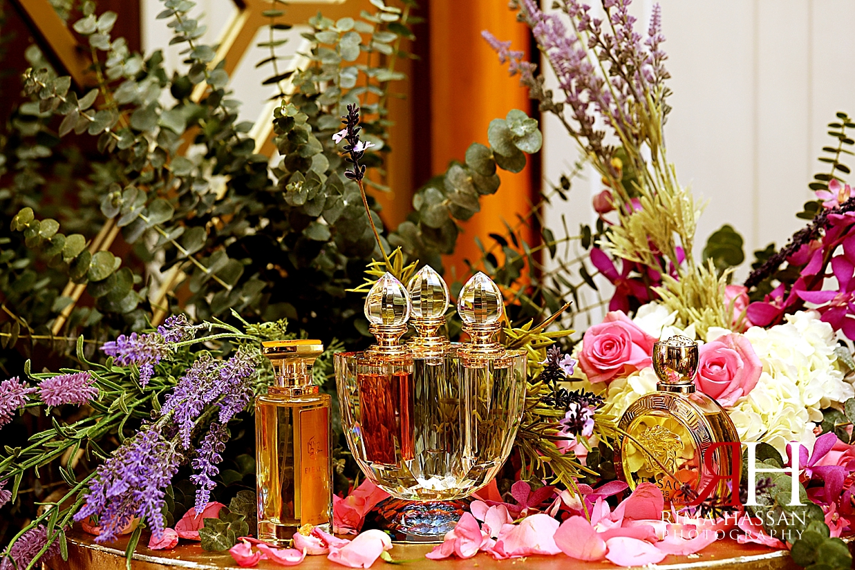 Barsha_Wedding_Female_Photographer_Dubai_Rima_Hassan_kosha_stage_decoration_perfume_table