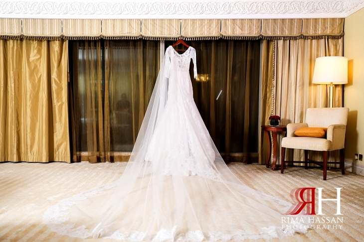 Grand_Hyatt_Wedding_Female_Photographer_Dubai_Rima_Hassan_bride_dress_esposa
