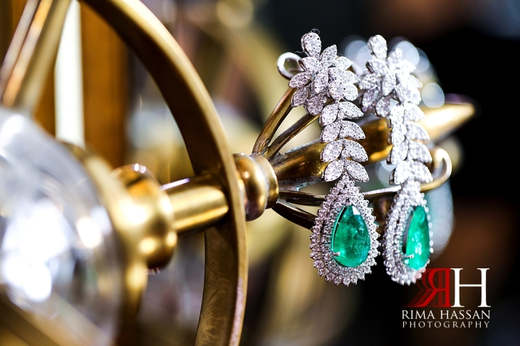 Grand_Hyatt_Wedding_Female_Photographer_Dubai_Rima_Hassan_bride_jewelry_earrings