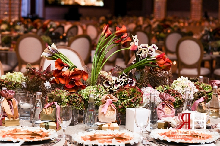 Grand_Hyatt_Wedding_Female_Photographer_Dubai_Rima_Hassan_kosha_stage_decoration_table_Centerpiece