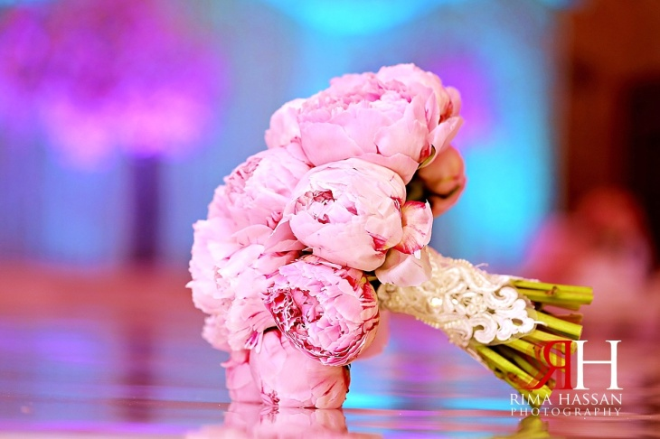 Intercontinental_Abu_Dhabi_Wedding_Female_Photographer_Dubai_Rima_Hassan_bride_bouquet