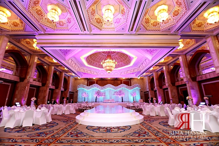 Intercontinental_Abu_Dhabi_Wedding_Female_Photographer_Dubai_Rima_Hassan_stage_kosha_decoration_ballroom