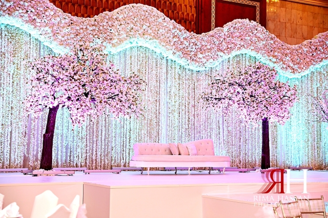 Intercontinental_Abu_Dhabi_Wedding_Female_Photographer_Dubai_Rima_Hassan_stage_kosha_decoration_details