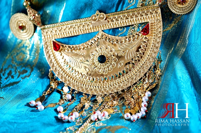 Jawaher_Sharjah_Henna_Female_Photographer_Dubai_Rima_Hassan_bride_jewelry_necklace
