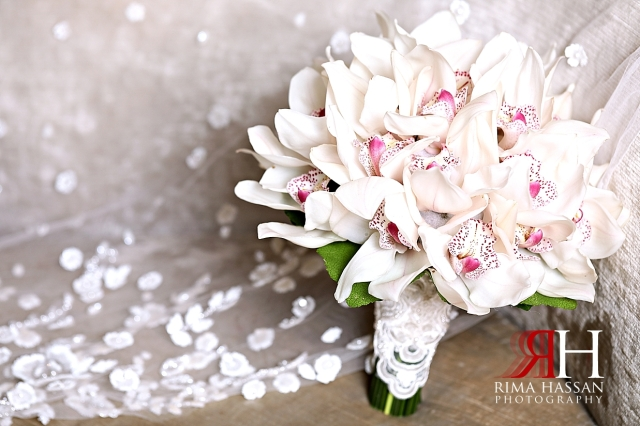 Aloft_Abu_Dhabi_Wedding_Female_Photographer_Dubai_Rima_Hassan_bride_bouquet