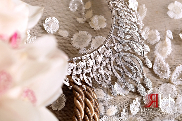 Aloft_Abu_Dhabi_Wedding_Female_Photographer_Dubai_Rima_Hassan_bride_jewelry_necklace