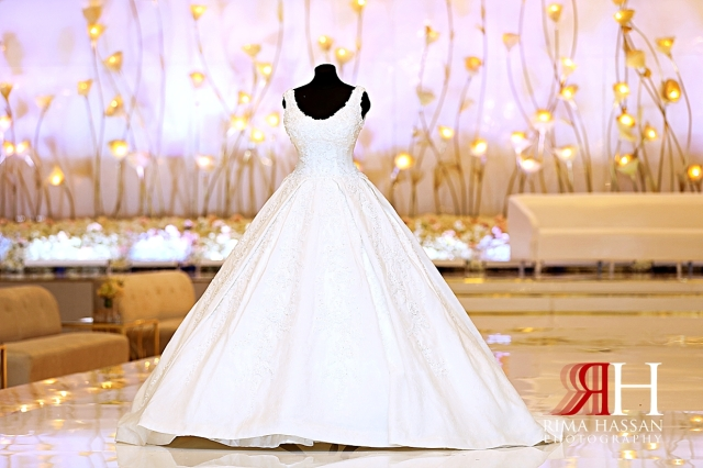 Rotana_Beach_Abu_Dhabi_Female_Photographer_Dubai_Rima_Hassan_bride_dress_Hazar_gown