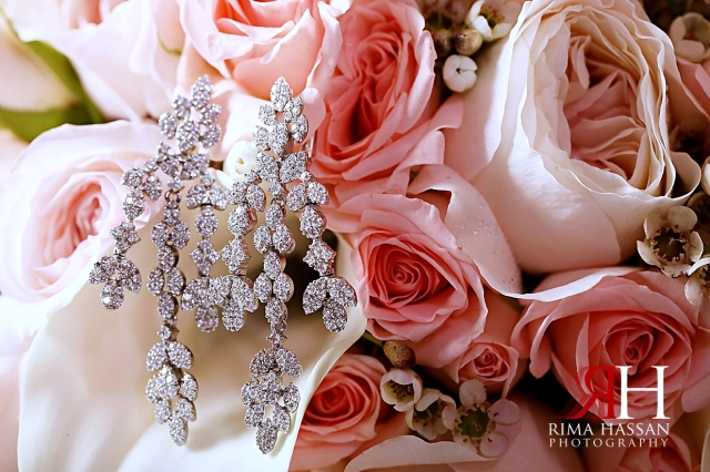 Rotana_Beach_Abu_Dhabi_Female_Photographer_Dubai_Rima_Hassan_bride_jewelry_earrings