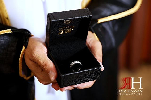 Rotana_Beach_Abu_Dhabi_Female_Photographer_Dubai_Rima_Hassan_groom_ring