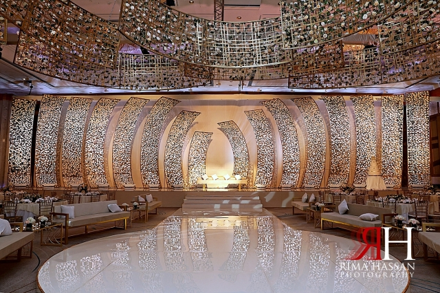 Grand_Hyatt_Dubai_Wedding_Female_Photographer_Rima_Hassan_kosha_dream_stage_decoration