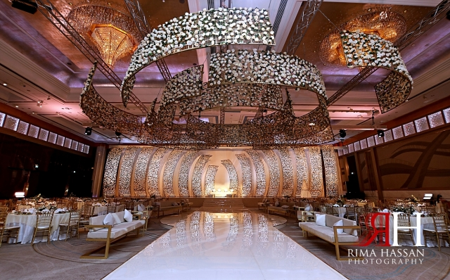 Grand_Hyatt_Dubai_Wedding_Female_Photographer_Rima_Hassan_kosha_stage_decoration_dream