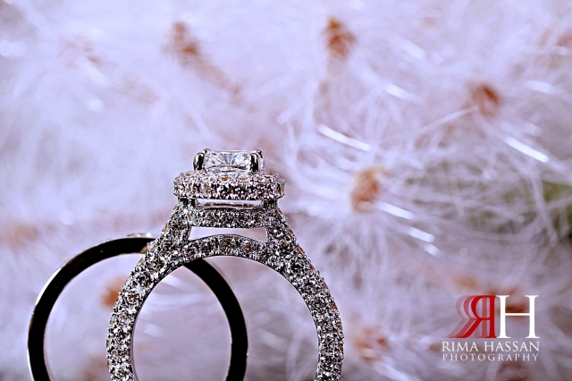 Al_Jawaher_Sharjah_Wedding_Female_Photographer_Rima_Hassan_bride_jewelry_ring_band