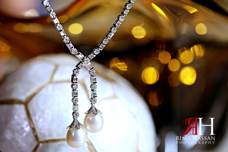 Ajman_Royal_Engagement_Female_Photographer_Rima_Hassan_bride_jewelry_necklace