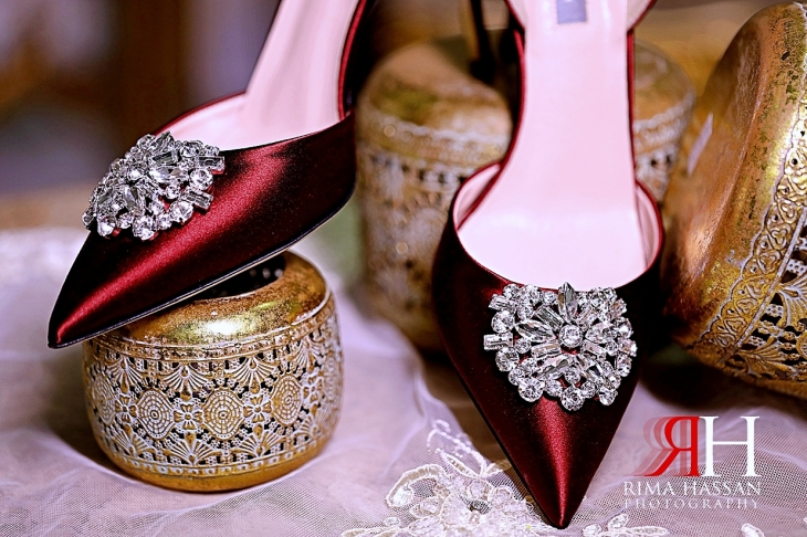 Al-Quoz_Engagement_Dubai_Female_Photographer_Rima_Hassan_bride_vinci_shoes