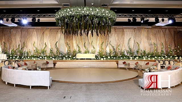 Jawaher_Sharjah_Wedding_Dubai_Female_Photographer_Rima_Hassan_kosha_decoration_stage_dream