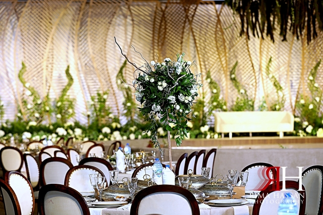 Jawaher_Sharjah_Wedding_Dubai_Female_Photographer_Rima_Hassan_kosha_decoration_stage_dream_centerpiece