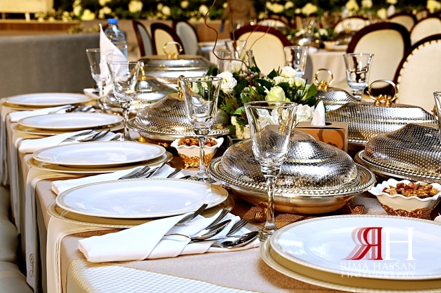 Jawaher_Sharjah_Wedding_Dubai_Female_Photographer_Rima_Hassan_kosha_decoration_stage_dream_tables