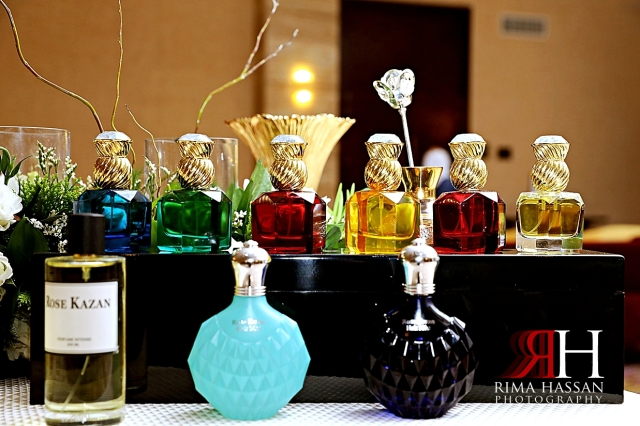 Jawaher_Sharjah_Wedding_Dubai_Female_Photographer_Rima_Hassan_kosha_decoration_stage_perfumes